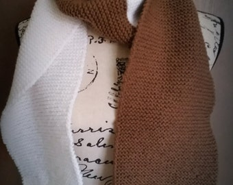 Two-color scarf/ brown and white