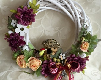 Easter wreath, wreath, wreath of spring on the wall wreath on door