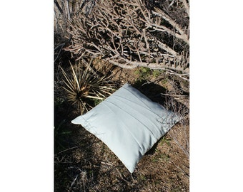 Blue pillow cover 20 x 20 / Sofa throw pillow case / accent pillow case