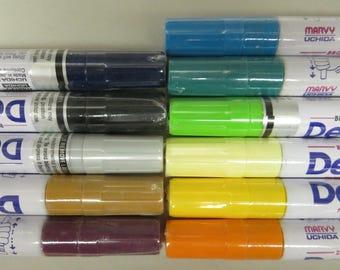 11 DecoColor Paint Pens