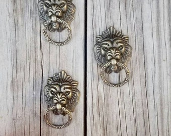 drawer pull, o ring cabinet pull,industrial drawer pull, trendy drawer pull, lion cabinet pull, metal drawer pull, antique drawer hardware
