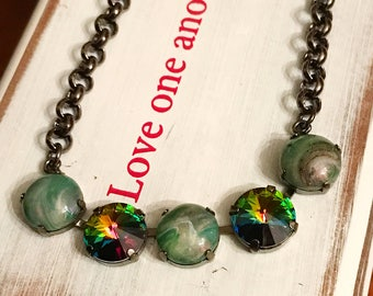 Emerald Forest Swarovski 5 stone cup chain 12 mm necklace / crystal jewelry / green