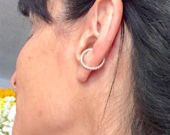Silver ear cuff, non pierced earring, ear cuff, silver cuffs, ear cartilage cuff, sterling ear cuff, hoop ear cuff