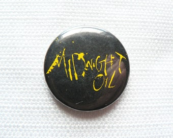 Vintage 80s Midnight Oil Logo - Pin / Button / Badge