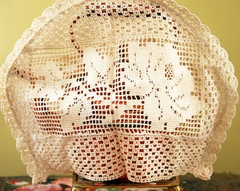 1930s  Lace Tea Cosy Vintage Rose Cozy