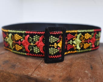 Nice Embroidery on Black Velvet Vintage Belt