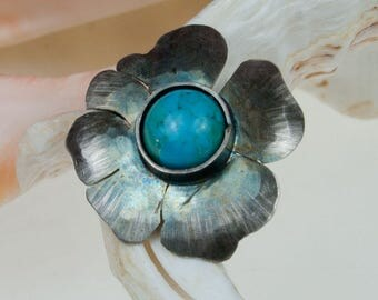 A513 Silver flowers with turquoises pendant