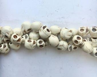 Bone White Howlite - skull beads- 18mm - 25 beads - loose