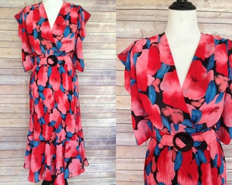 1980s does 1940s dress | 1980s Dress | 80s does 40s dress | 1980s floral dress | 1980s small Floral Dress | 1940s dress