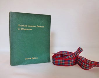 Scottish Country Dances In Diagrams by FL Pilling / 1974 Pocket Book of Over 200 Dances Mapped Out in Diagram Form