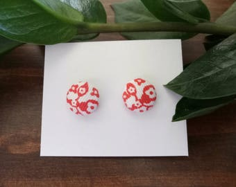 Red and White Patterned Stud Earrings