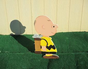 Peanuts Charlie Brown Golfing Yard Sign