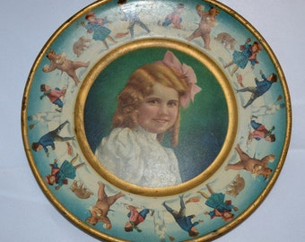 Antique Tin Lithograph Vienna Art Plate Advertising Union Pacific Tea Co 1907 Portrait Child Girl Winter Border Tin Tea Plate Unk
