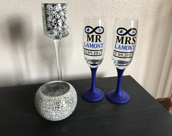 Pair of Mr & Mrs Champagne Flutes