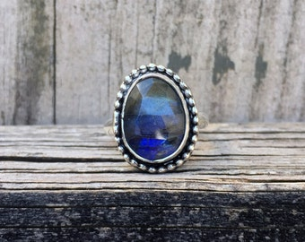 Labradorite Ring - Faceted Labradorite - Sterling Silver - Artisan Ring - Bohemian - Labradorite Jewelry - Gemstone Ring - Statement Ring