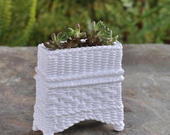 Fairy Garden  - Wicker Plant Stand - White - Miniature