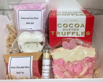 Valentines Day Gift Set, Spa Gift Set, Bath Gift Set, Valentine's Day Gift Set, Valentines Gift, Guava and Goji Berry Scented With Upgrades