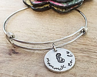 Mommy to be Gift Idea, Pregnancy Gift, Pregnancy Bracelet, New Mom Jewelry, Bracelet for Mom to be, First Time Mom Gift, Pregnancy Reveal