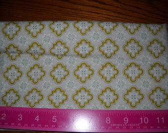 Destash- 1 Full Yard of Beige and Gold Quilter's Cotton Fabric For Quilting Or Crafting