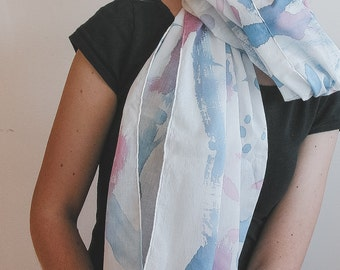 Spring scarf in cotton in blue, pink and white