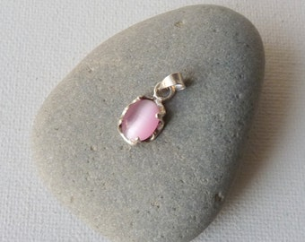 Vintage Sterling Silver and Cats Eye Pendant, Pink Glass Pendant, Retro Cats Eye Pendant, Small Oval Pink Cabochon 925 Pendant, 70's Jewelry