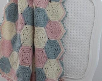 Happy Hexagons - crochet afghan | baby blanket