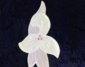 Vintage  Purple White Flower Patch Embroidery Patch Appliqué Purple Flower Patch