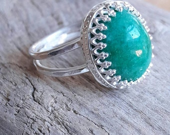 Genuine Emerald and Sterling Silver Ring - Emerald Ring - Green Stone Ring - May Birthstone - Gift for Her - Mothers Day Gift - Gift for Mom