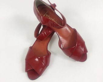 Vintage 1980s red patent leather sandals shoes - size 36 1/2