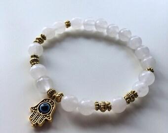 Natural pearls Bracelet: White Jade & Fatma hand
