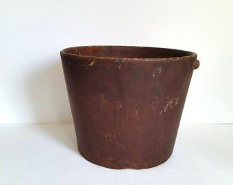 Antique Fiber Bucket . United Indurated Fibre Co.  Vintage Pail . Primitive Rustic Display . Farmhouse Decor . Home Decor .
