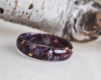 Men Ring, Dark Flower Resin Ring, Alternative Engagement Ring, Black Flower Ring, Gothic Ring, Unique Ring, terrarium jewelry, Mens Jewelry,
