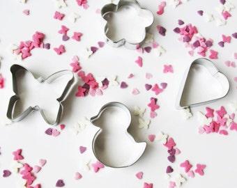 Set of 4 Cookie Cutter: Butterfly, Flower, Heart, Chicken.
