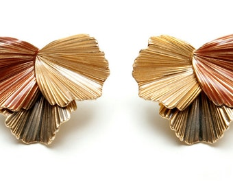 1980s -- Tri-Color Ridged Clip Earrings -- Pewter, Copper, Golden Tones in Fan Shaped Design -- Gold Tone Back