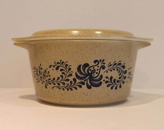 Homestead #473 With Lid - Vintage Pyrex Casserole - Blue and Brown Pyrex Dish - Floral Pattern Pyrex Bowl