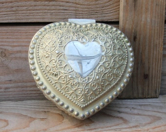 Stunning vintage silver heart shaped box with red velvet lining - romantic look