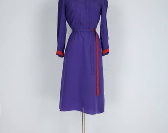1980s Dress - Midi Shirt Dress - Flare Skirt - Purple - Long Sleeve - Red Trim - Button Up - Tuxedo Shirt Seams - Belted - S/M