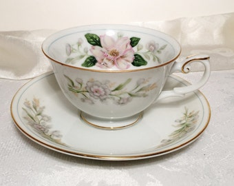 Vintage Yamaka China Tea Cup & Saucer - Pink Flowers - Gold and Blue Trim