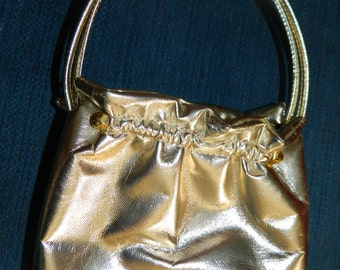 A Elegant Gold 2 Handled Evening Bag~A Small Vintage Gold Purse~A Gorgeous Bag That is Wedding~Prom~Holiday Ready~Perfect With Any Outfit~