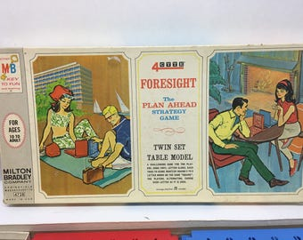 Foresight Game