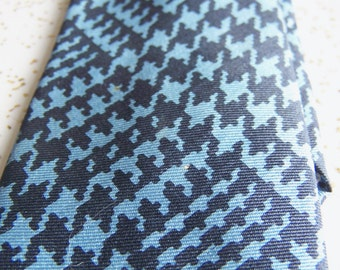 Vintage Men's Necktie – All Silk Tie – Cool Retro Blue Geometric Design – Stylish and Classy
