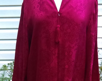 Long Red Lounge Wear with Pockets Size Medium 100% Silk By Cabernet Vintage 80's