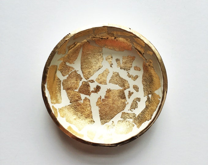 GOLD LEAF // Handmade Polymer Clay Ring Dish, Jewelry Dish, Trinket Dish