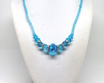 Fascinating Laguna Blue Aqua Tone Crystal Estate Magnetic Necklace