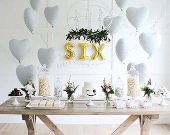 """WHITE Heart Balloons 