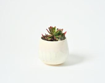 Planter with Drippy Glaze Details - Light Pink
