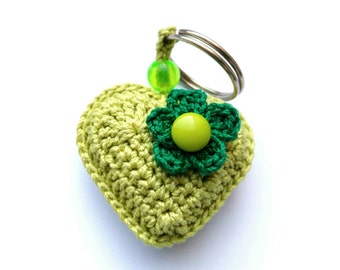Green wedding party favors heart Crochet Charm Soft keychains Plush keychain Gifts ideas Miniature toys Crochet key ring Amigurumi keychains