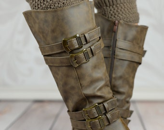 Scalloped Button Boot Toppers - Khaki