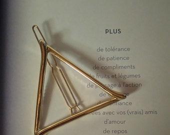 color bar gold en triangle shape