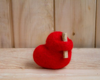 Needle Felted Heart - Valentine's Day,  Toy, Wool love romantic gift home decor, Heart with message Birthday gifts for women, ornament